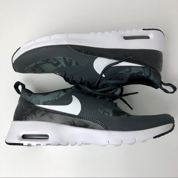 Nike Air Max Thea Butterfly Black and White Detail